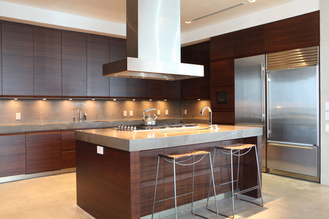 under-kitchen-cabinet lighting: using the best task lighting